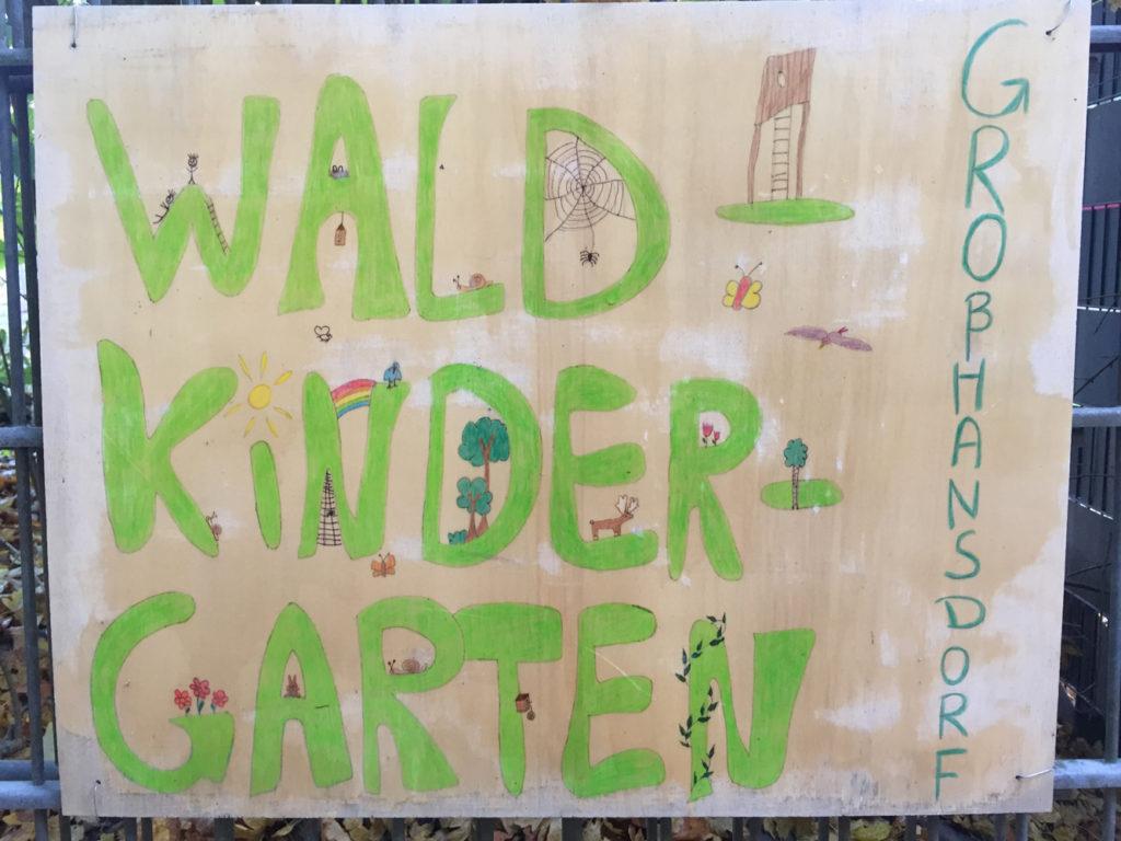 Waldkita-Schild
